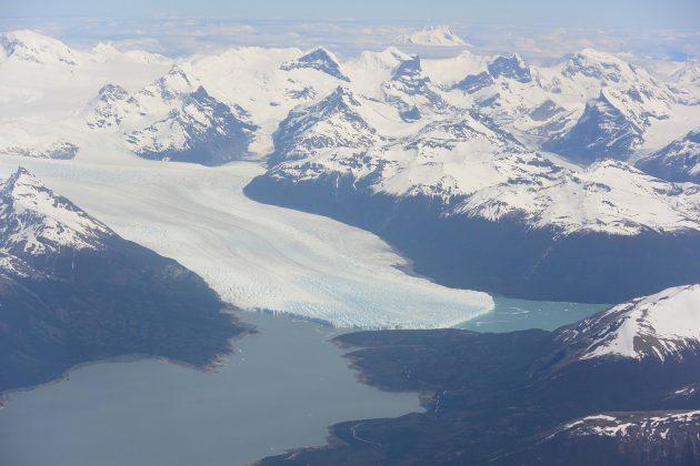 Vista Aérea al Glaciar Perito Moreno