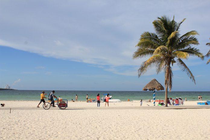 Puerto Progreso - Playa en Yucatán