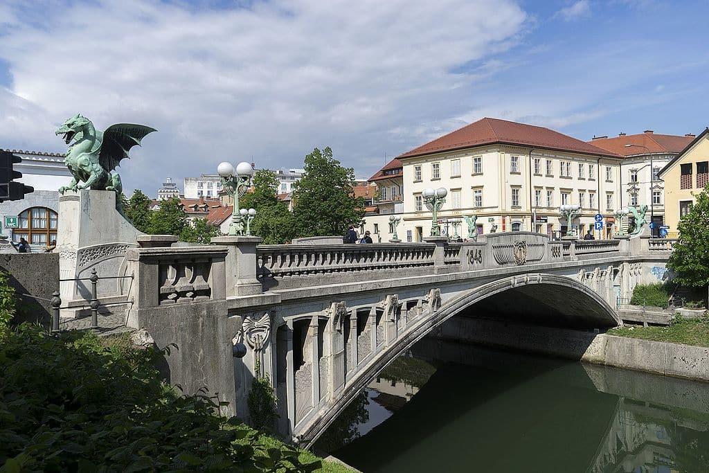 Puente de los Dragones - Eslovenia