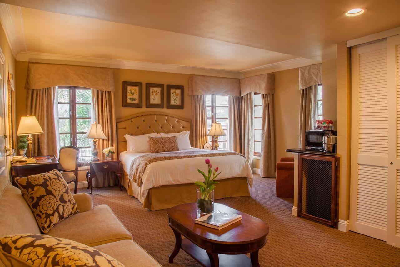 habitación del Best Western Plus Sunset Plaza Hotel - mejores paquetes vacacionales a Los Ángeles