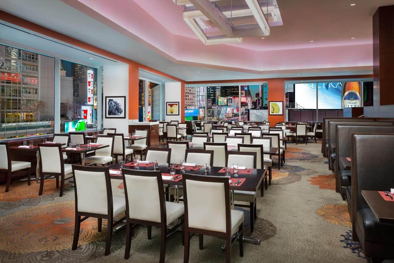 Restaurante del Crowne Plaza Times Square Manhattan - mejores paquetes vacacionales a Nueva York