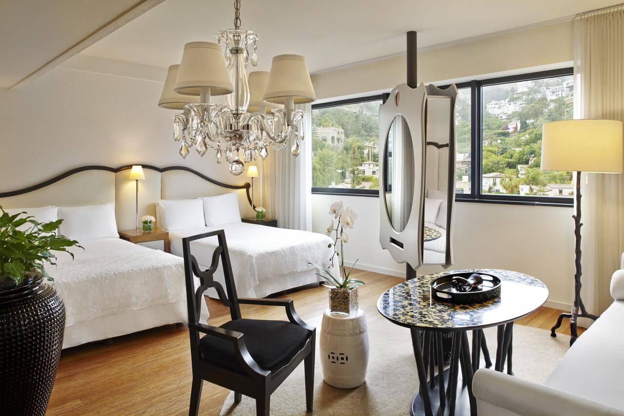 habitación del hotel Mondrian - mejores paquetes vacacionales a Los Ángeles
