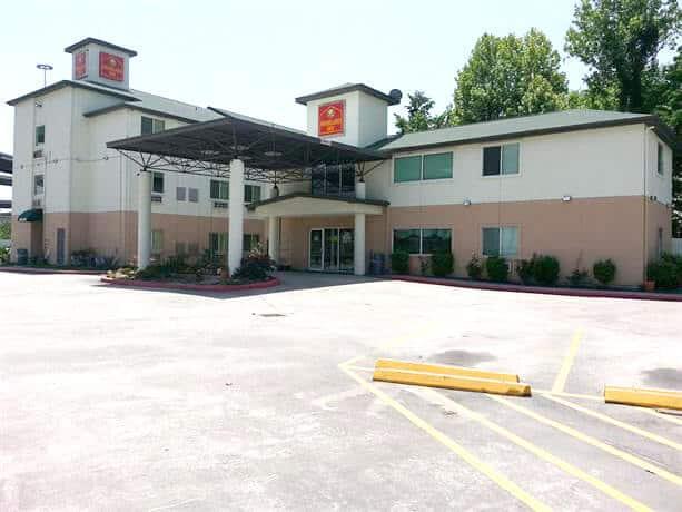 Foto de la fachada del hotel Woodland Inn - mejores paquetes vacacionales a Houston
