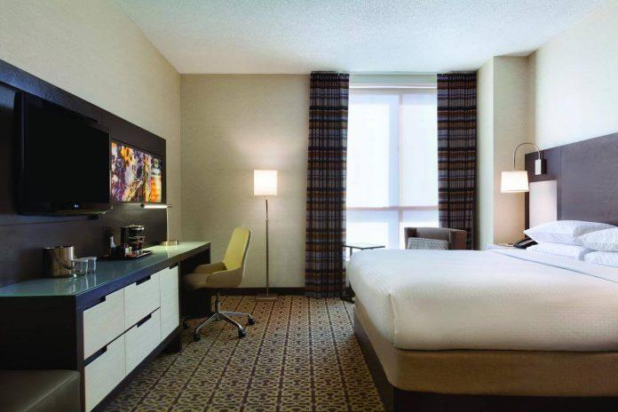 habitación del hotel Double Tree by Hilton Boston - Downtown - mejores paquetes vacacionales a Boston