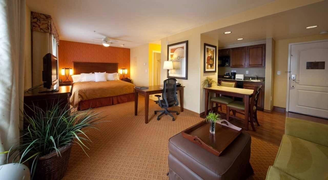 Vista de la habitación del Homewood Suites by Hilton Denver Int'l Airport - mejores paquetes vacacionales a Denver