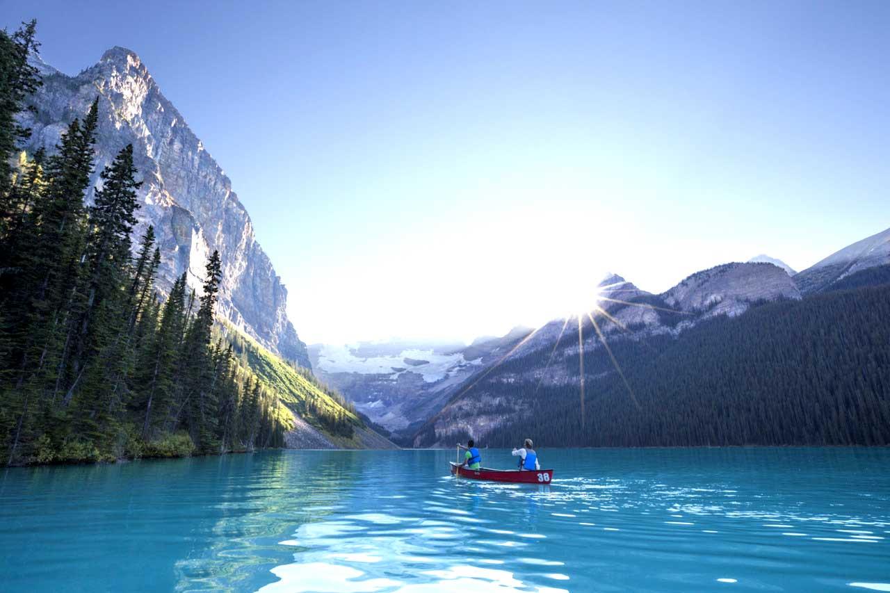 Lake Louise en el Parque Nacional Banff - mejores paquetes vacacionales a Canadá